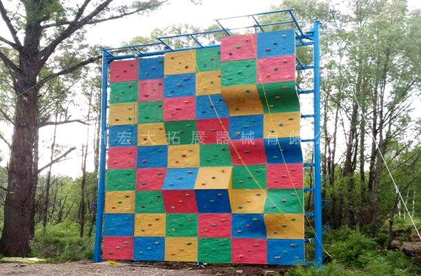 独立攀岩墙HD-1-攀岩设施-攀岩墙生产厂家