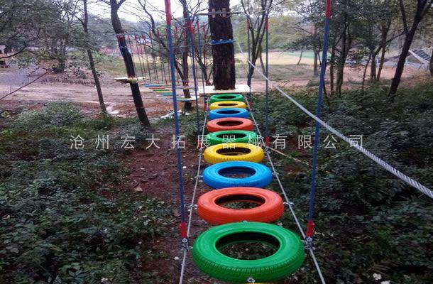 丛林轮胎桥-森林探险-树上丛林穿越