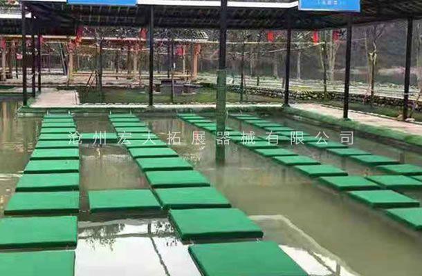 水上拓展乐园设施