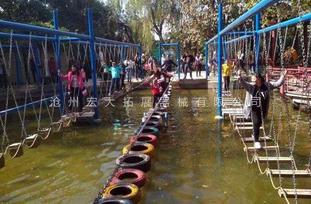 水上轮胎桥-水上拓展项目设备-水上拓展器材