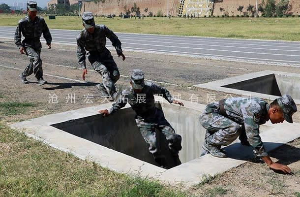 壕沟-部队400米障碍器材-400障碍赛器材厂家