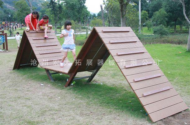 翻山越岭-体能乐园设备-儿童体能拓展乐园
