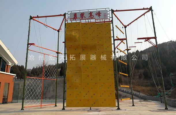 七面体高空-高空拓展器材厂家-高空拓展训练架