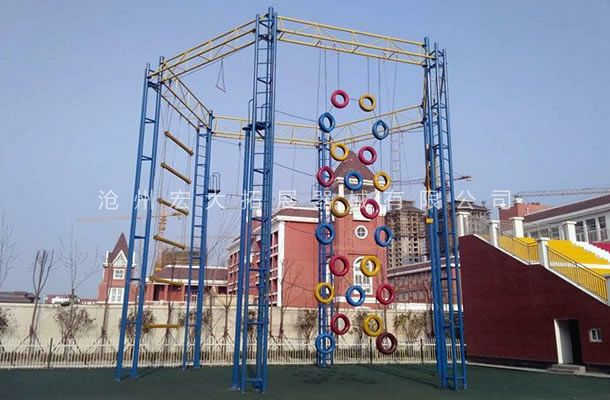 六面体高空-高空拓展器材厂家-高空拓展训练架