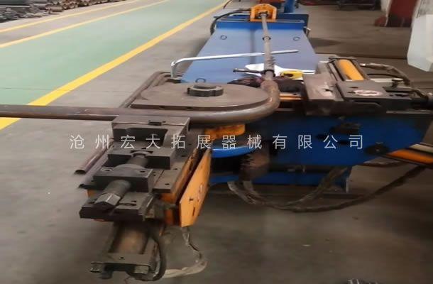公司采用数控液压弯管机-提高拓展器械工件精准质量