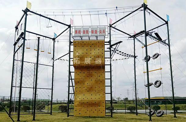 江苏省盐城市拓展训练基地成人高空拓展训练器材安装完工