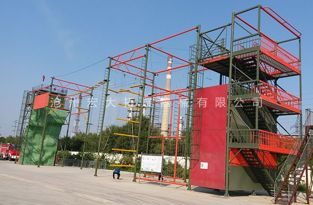 中石化沧州消防大队高空综合训练架安装完成得到客户肯定