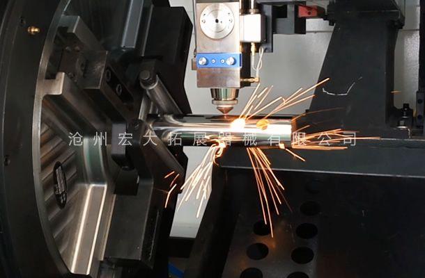 公司采用激光切管机-提高拓展器械工件精准质量