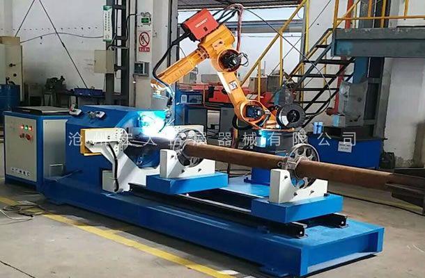公司采用焊接机器人-提高拓展器械产品的焊接工艺