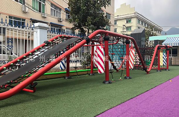户外攀爬网-儿童游乐设施绳网-体能游乐设备