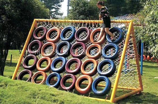 轮胎爬墙-青少年拓展器材-户外拓展设备