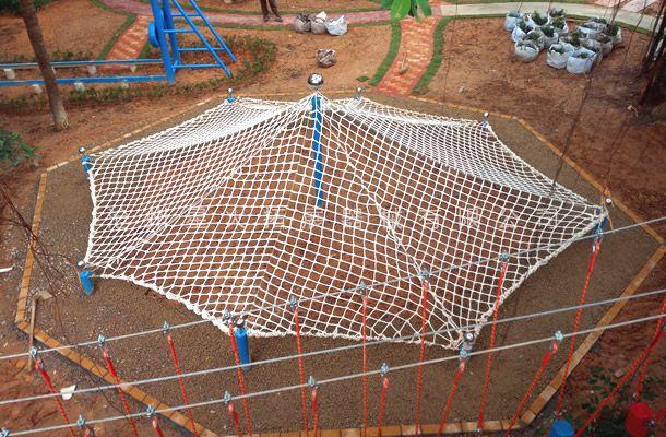 蜘蛛网-青少年户外拓展训练器材-青少年探险乐园拓展器材