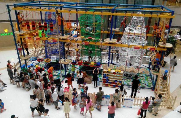室外儿童拓展乐园