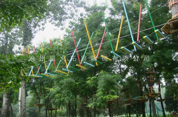 丛林X型栈道-丛林拓展设备-丛林探险器械
