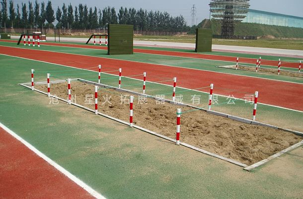 低桩网-部队400米障碍器材-400障碍赛器材厂家